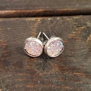 Jewelry - FLASH SALE!! 8mm Light Pink Druzy Earrings🌸